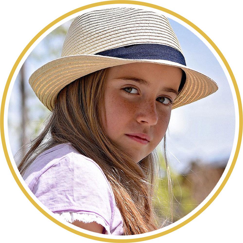 circle-girl-hat